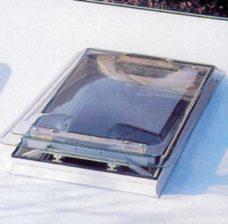 Multi II panoramnyj sdvizhnoj potolochnyj lyuk 90x50 sm 1