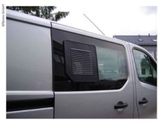 Reshyotka ventilyatsionnaya dlya passazhirskih razdvizhnyh okon Fiat Talento Nissan