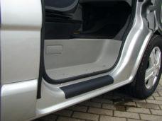 31 Zashhitnaya plenka dlya porogov Renault Trafic Opel Vivaro