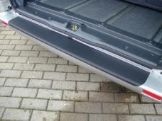 69 Zashhitnaya plenka dlya pogruzochnoj kromki Renault Trafic KR LR