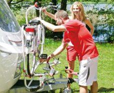 69 Velosipednaya stojka Fiamma Caravan XL A PRO200 dlya 2 velosipedov ili elektrovelosipedov