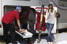 39 Vydvizhnoj poddon dlya lyzh v zadnem garazhe kempera Garage Slide Pro Ski