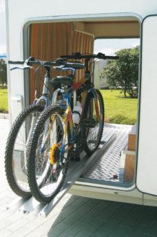 42 Komplekt Bike Slide dlya hraneniya v zadnem garazhe kempera na 2 velosipeda