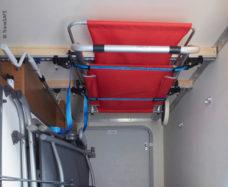 66 Nesushhaya sistema TransSAFE dlya potolochnogo montazha v zadnem garazhe kempera