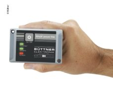106 Invertor sinusoidalnoj volny PowerLine PL 300 Vt