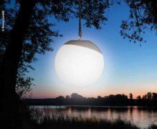 99 Svetodiodnyj svetilnik s reguliruemoj yarkostyu i izmeneniem tsveta