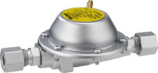 16 Gazoregulyator GOK DE 30 50 0 8kg ch 30mbar s dvuh storon RVS8